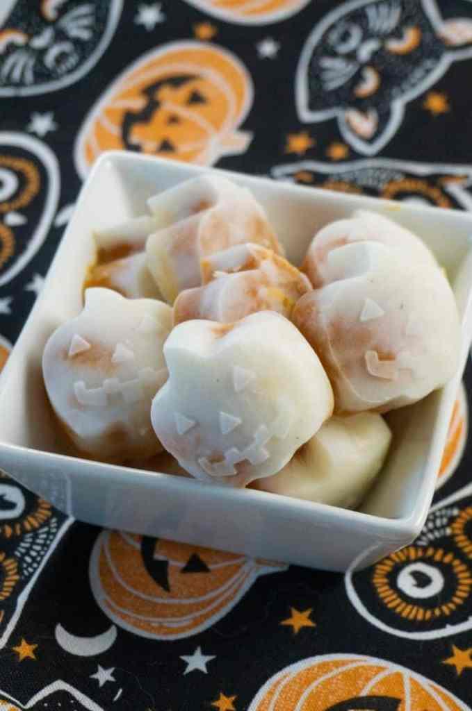 Halloween pumpkin yogurt bites