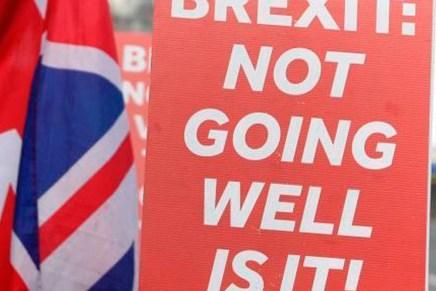 Top del día: Brexit sin solución aparente podría ocasionar que renuncie May este viernes