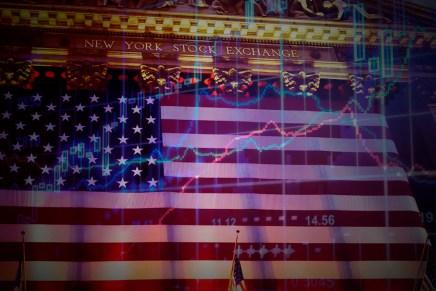 Top del día: Mercados se toman respiro después de una semana caótica