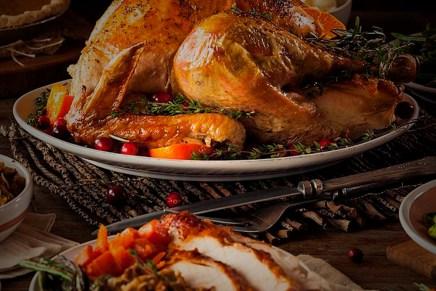 """Cierre: Mercados operaron a media máquina por """"Thanksgiving Day"""""""