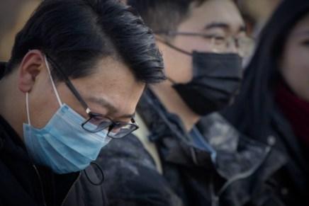 Top del día: Coronavirus contagia a mercados financieros globales