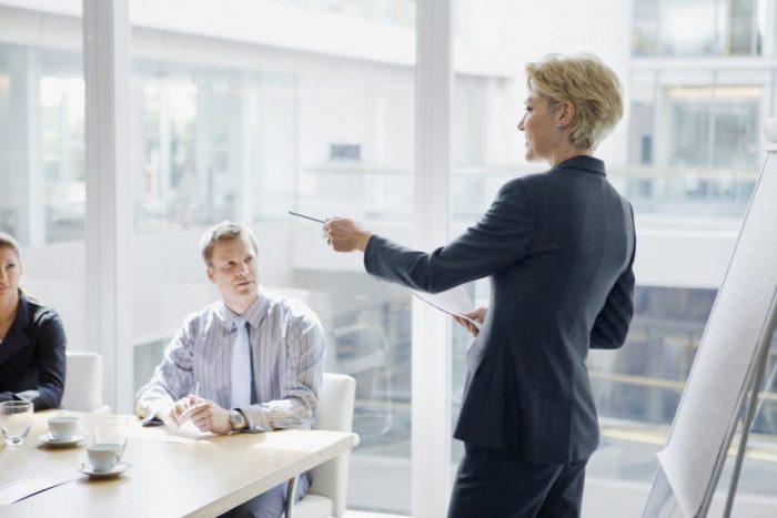 Sürdürülebilirlik ve etik iş dünyasında ön plana çıktığı için Chief Ethics Officer,yani etik müdürlüğü yönetimin artık vazgeçilmez bir parçasıdır.