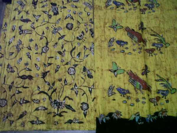 Batik Tulis Madura Warna Kuning