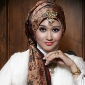 model baju batik muslimah