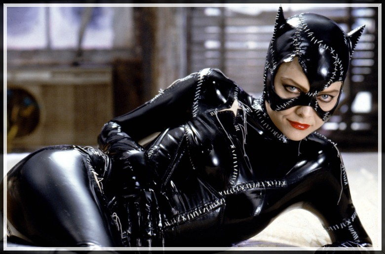 michelle-pfeiffer-as-catwoman-in-batman-returns
