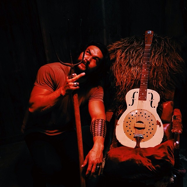 Jason Momoa Shares Instagram Photo Holding An Aquaman-like