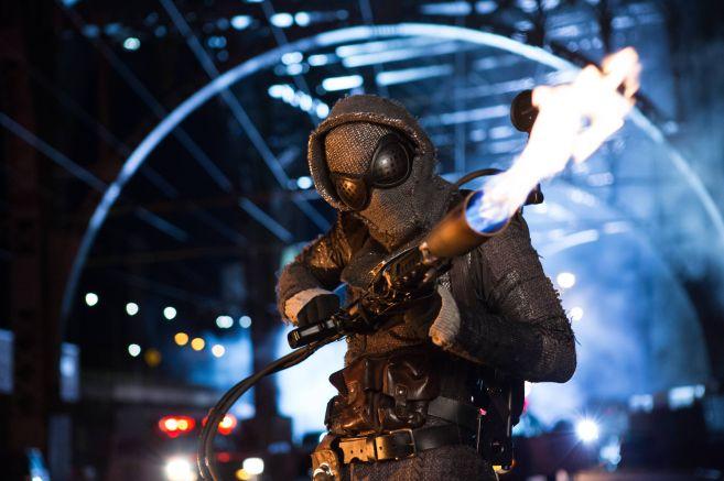 Gotham-ep206_scn30_2089_hires2