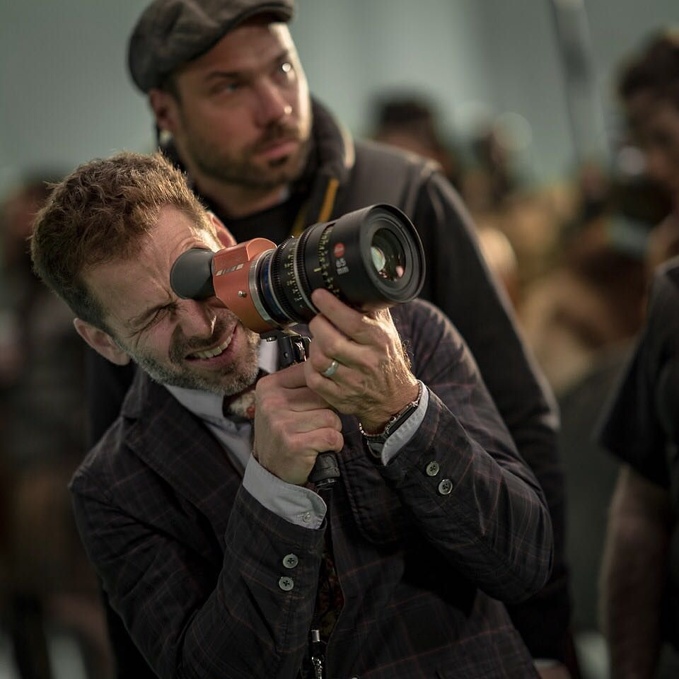 Zack Snyder Justice League set photo