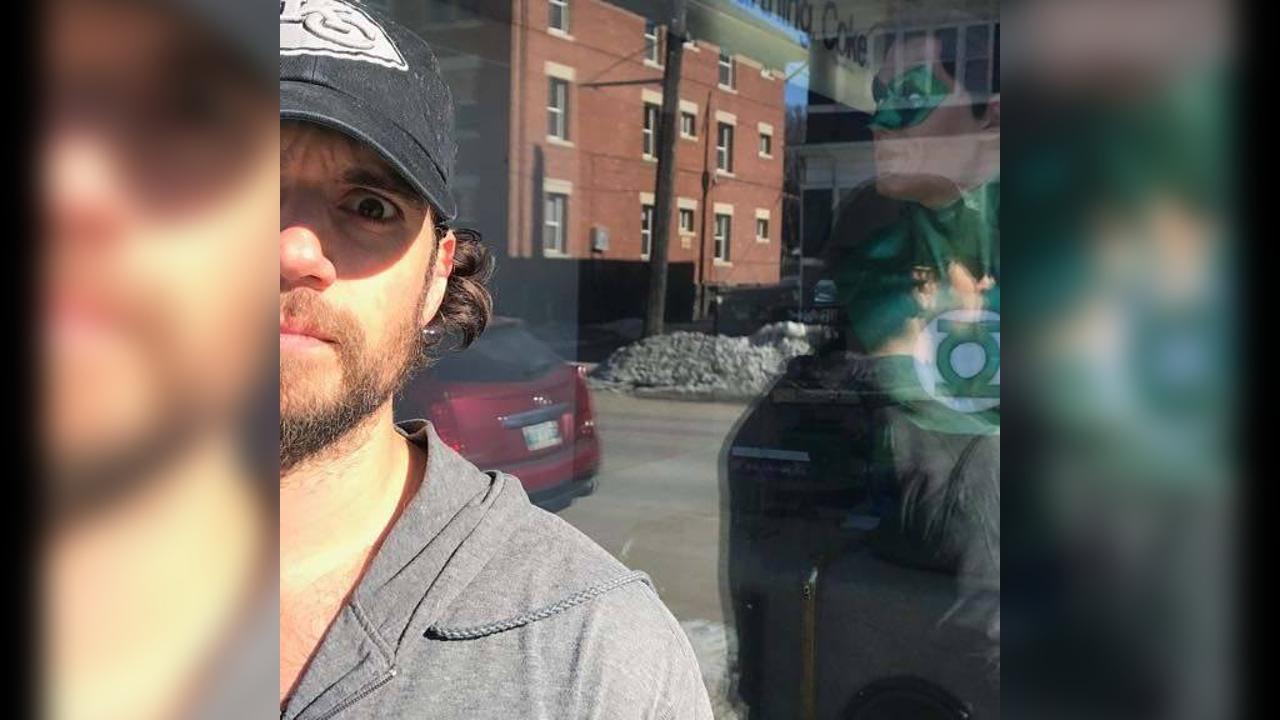 Henry Cavill Green Lantern Tease