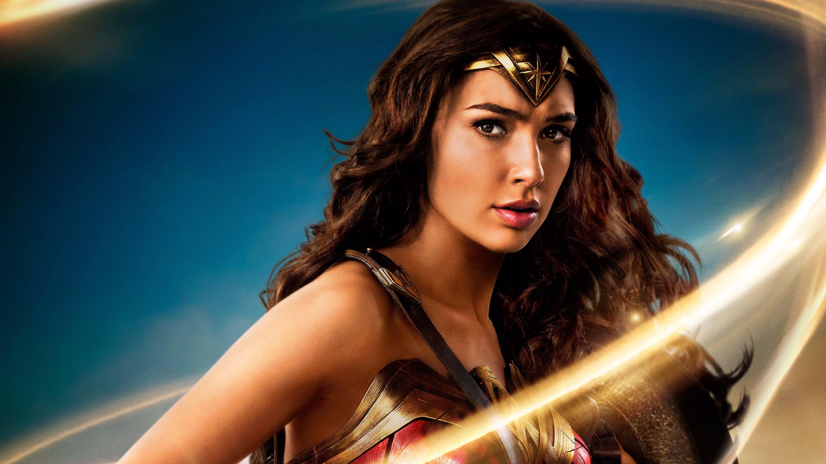 Gal Gadot Wonder Woman Poster - F