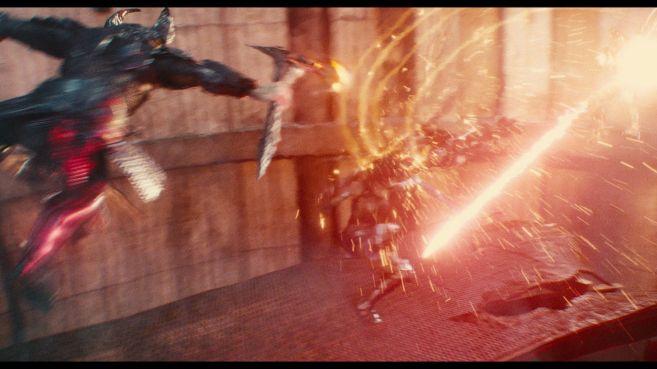 JL-comic-con-trailer-screencaps-118