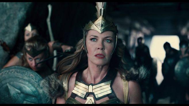 JL-comic-con-trailer-screencaps-50