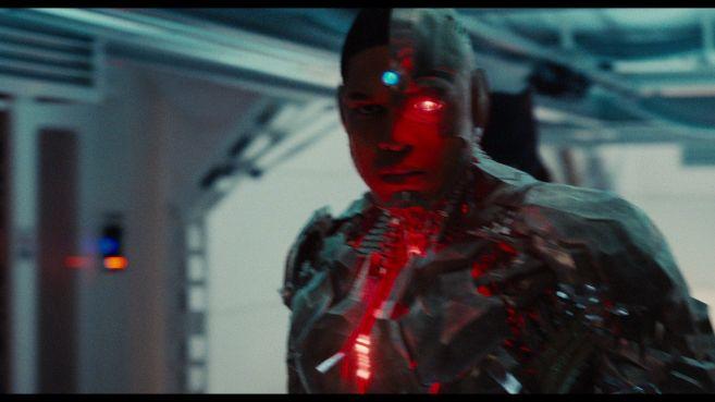 JL-comic-con-trailer-screencaps-97