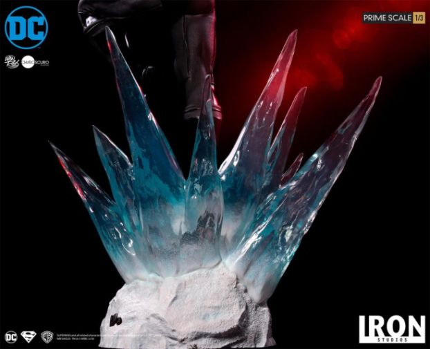 Iron Studios - DC Comics - Superman - Black Suit - 11