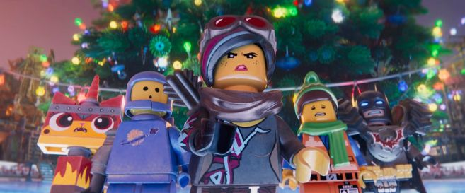 The Lego Movie 2 - Emmets Holiday Party - 19