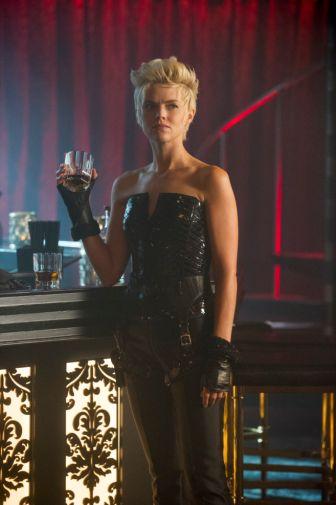 Gotham - Season 5 - Ep 04 - 03