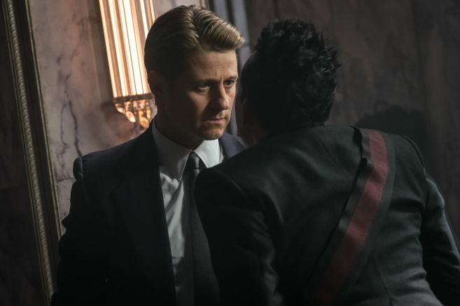 Gotham - Season 5 - Ep 04 - 10
