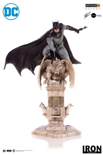 Iron Studios - Batman Deluxe Art Scale - Batman - 15