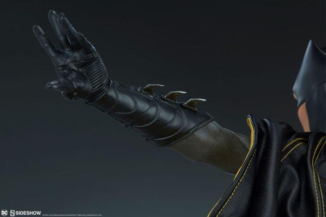 Sideshow - Batman - Batgirl Premium Format Figure - 19