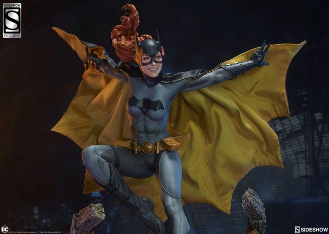Sideshow - Batman - Batgirl Premium Format Figure - 39