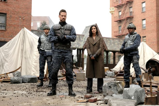 Gotham - Season 5 - Ep 06 - 06