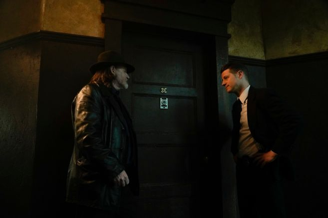 Gotham - Season 5 - Ep 08 - 01