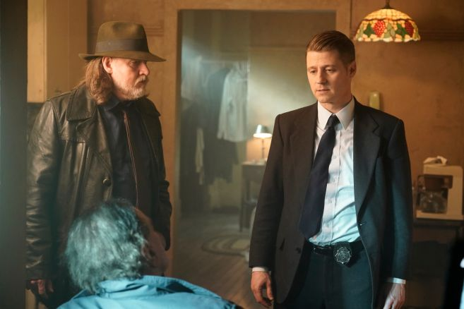 Gotham - Season 5 - Ep 08 - 03