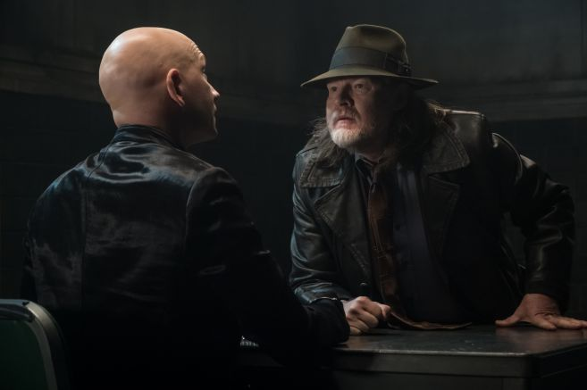 Gotham - Season 5 - Ep 09 - 01