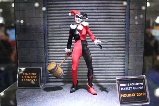 Mezco - One 12 - Toy Fair 2019 - Harley Quinn - 01