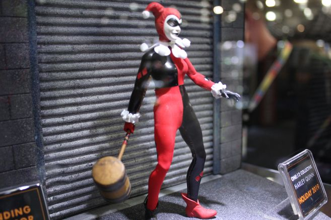 Mezco - One 12 - Toy Fair 2019 - Harley Quinn - 02