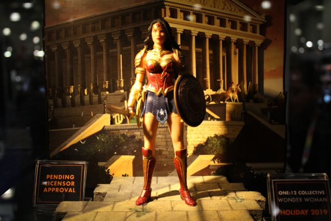 Mezco - One 12 - Toy Fair 2019 - Wonder Woman - 01