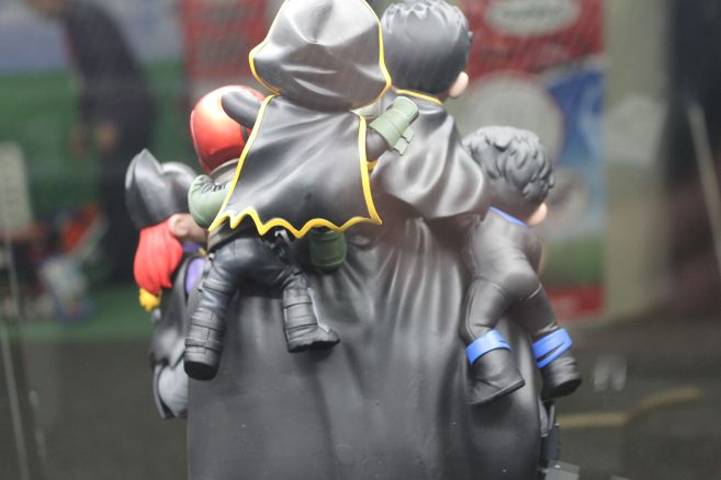 QMx - Toy Fair 2019 - Batman Family Q-Master Diorama - 10