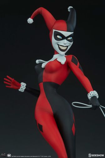 Sideshow - Batman the Animated Series - Harley with Hyenas - 04