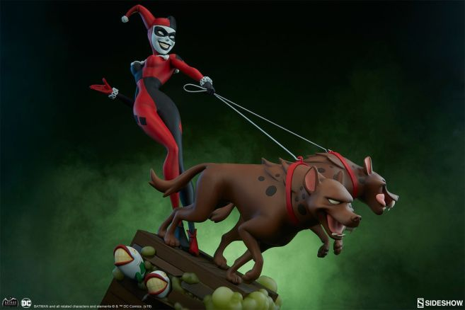 Sideshow - Batman the Animated Series - Harley with Hyenas - 11