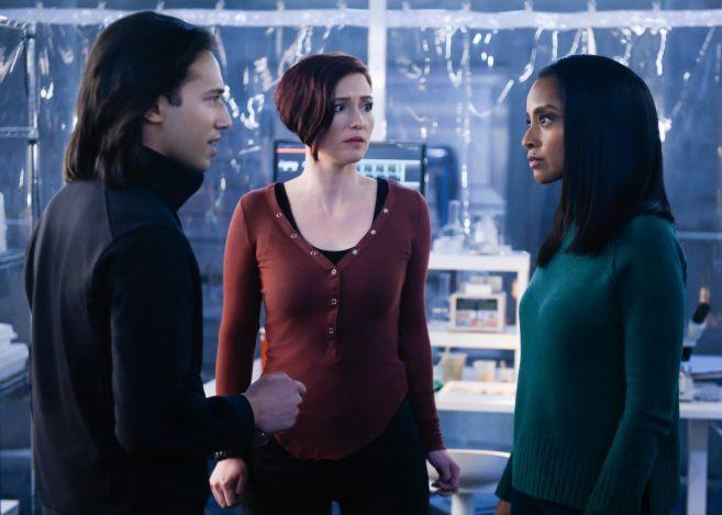Supergirl - Season 4 - Ep 19 - 16