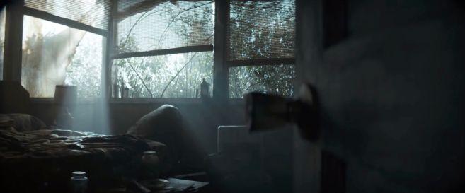 Swamp Thing - Trailer 2 - 06