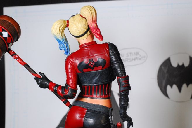 dst-gamestop-injustice2-harley - 11