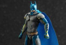 Hiya Toys - Injustice 2 - Batman - ThinkGeek Exclusive - Featured