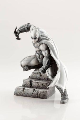 Kotobukiya - DC - Arkham Series - 10th Anniversary - Batman - 01