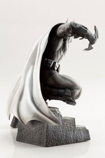 Kotobukiya - DC - Arkham Series - 10th Anniversary - Batman - 06