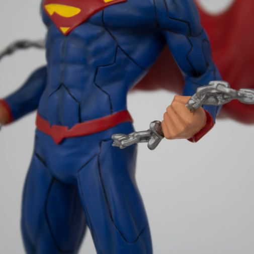 Icon Heroes - Superman - Superman Unchained - 03
