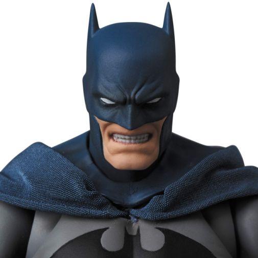Medicom - MAFEX - Batman Hush - 04