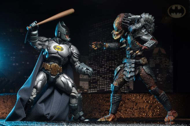 NECA - 2019 Convention Exclusives - Batman vs Predator 2-Pack - 13