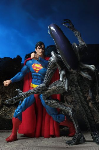NECA - 2019 Convention Exclusives - Superman vs Alien 2-Pack - 07