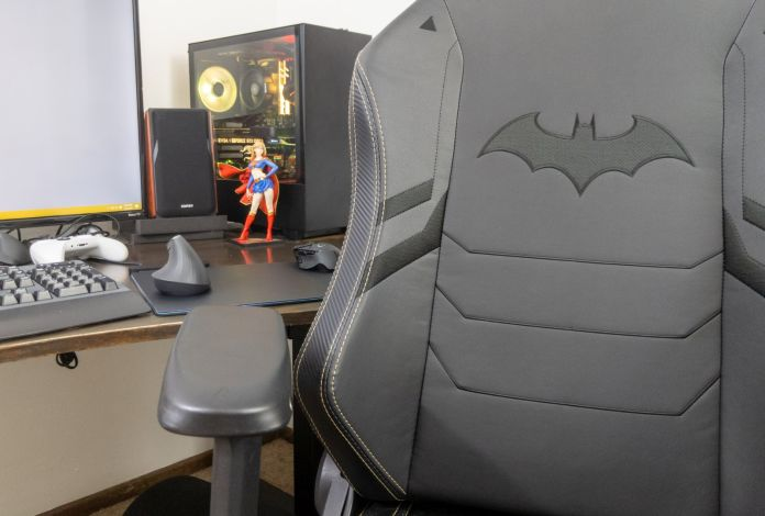 Secretlab Dark Knight Edition Chair Review Batman Would