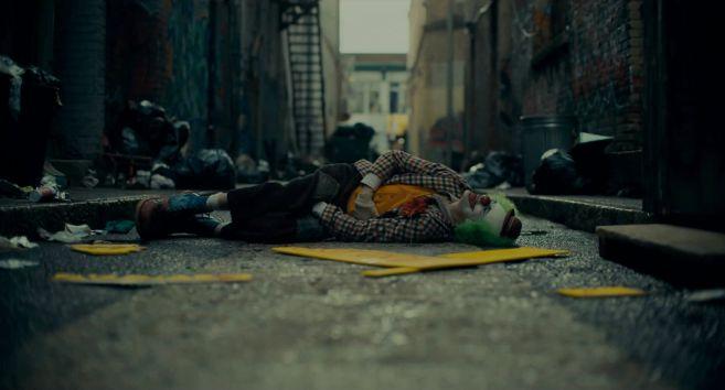Joker - Trailer 2 - 10