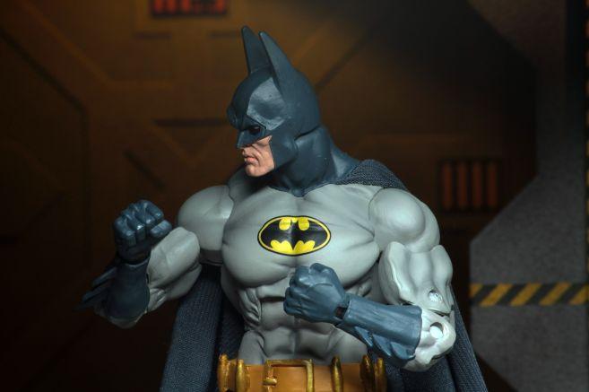 NECA - 2019 Convention Exclusives - Batman vs Alien 2-Pack - 08