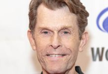 Shutterstock - Kevin Conroy - Eugene Powers