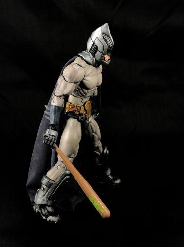 neca-sdcc-batman-predator - 10