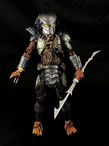 neca-sdcc-batman-predator - 13